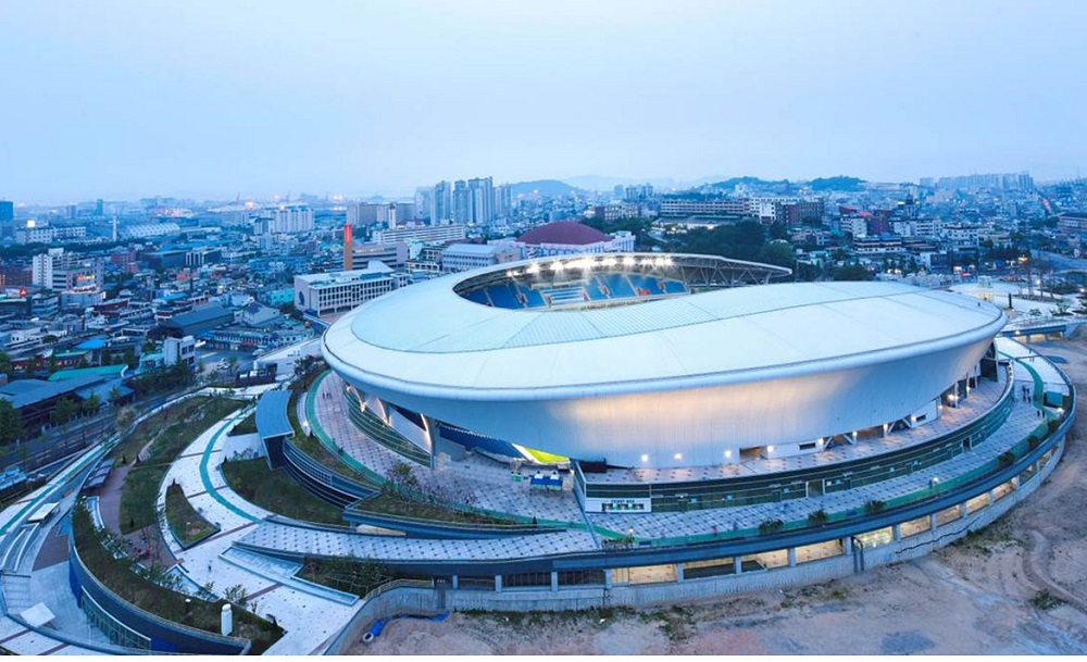 Stadium Soong-Eui, in Incheon, Spacious and Lightness