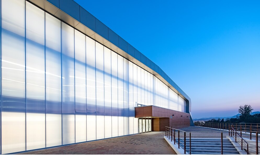 Curtain wall facade system