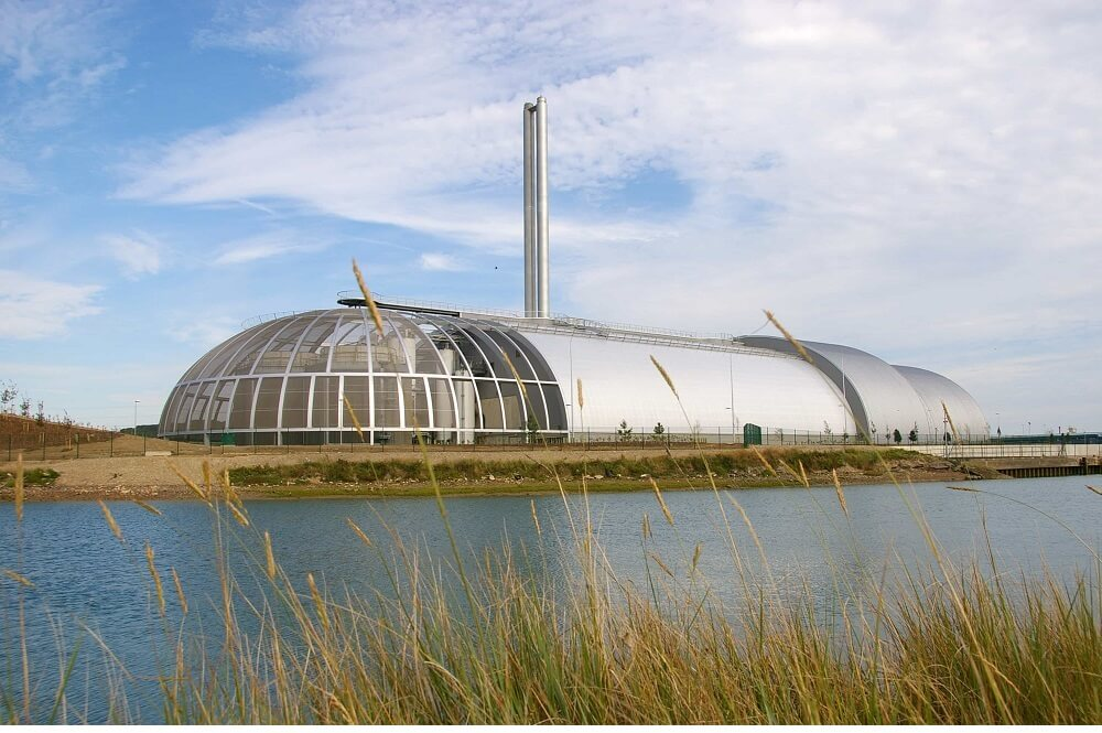 Newhaven Energy Recovery Facility, a Curvaceous Colosus