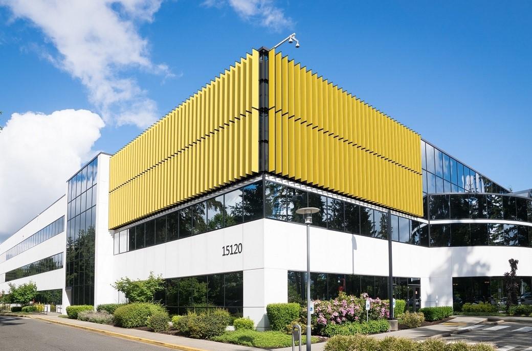 Louvers exteriores verticales son la respuesta para mejorar confort interior
